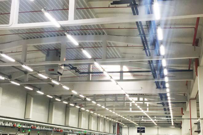 Hoval достави решение за отопление, охлаждане и топла вода в завод КOSTAL