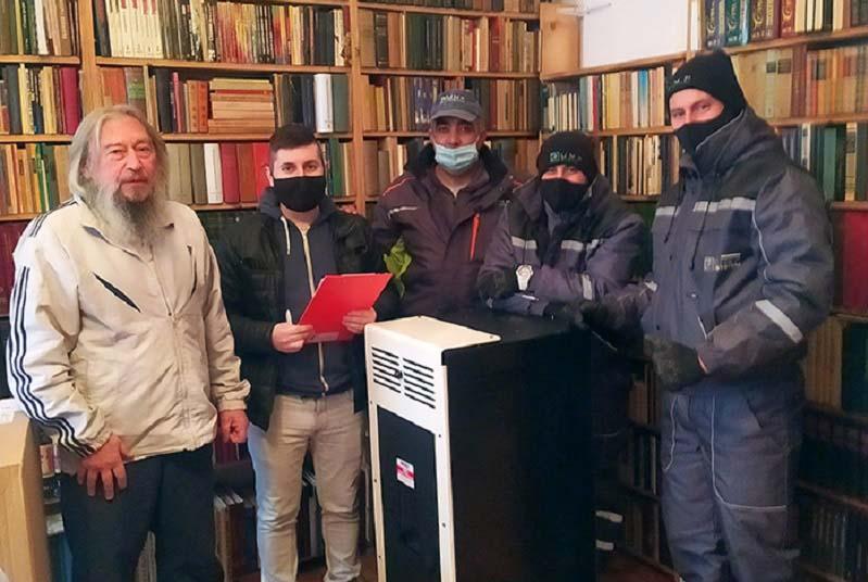 Монтират новите отоплителни уреди по проекта за преход към екологично отопление във Велико Търново
