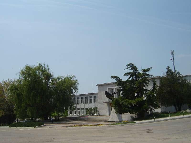Община Твърдица търси фирма за ремонт на отоплителна инсталация
